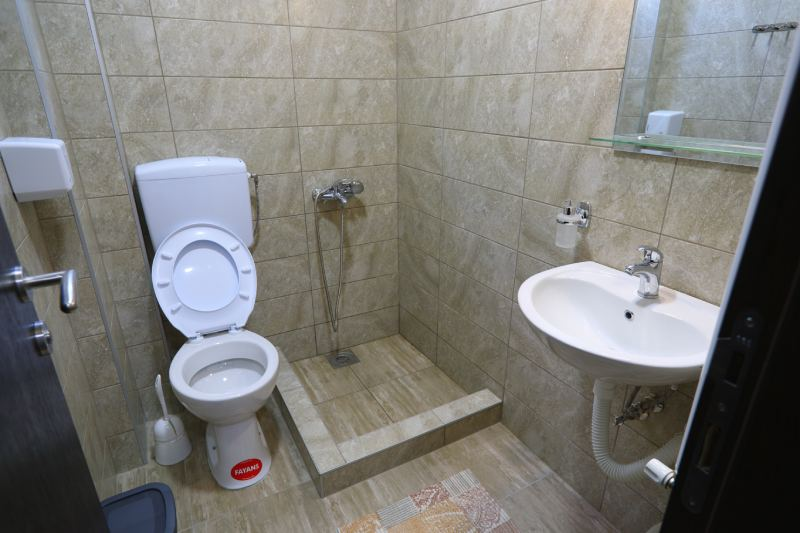 Lux Studio 3 - Kalinovica Sokobanja kupatilo