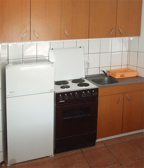 kuhinja u apartmanu 2 - sokobanja