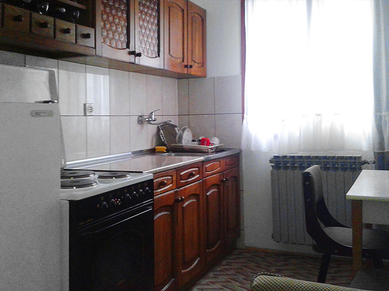 kuhinja apartman 4